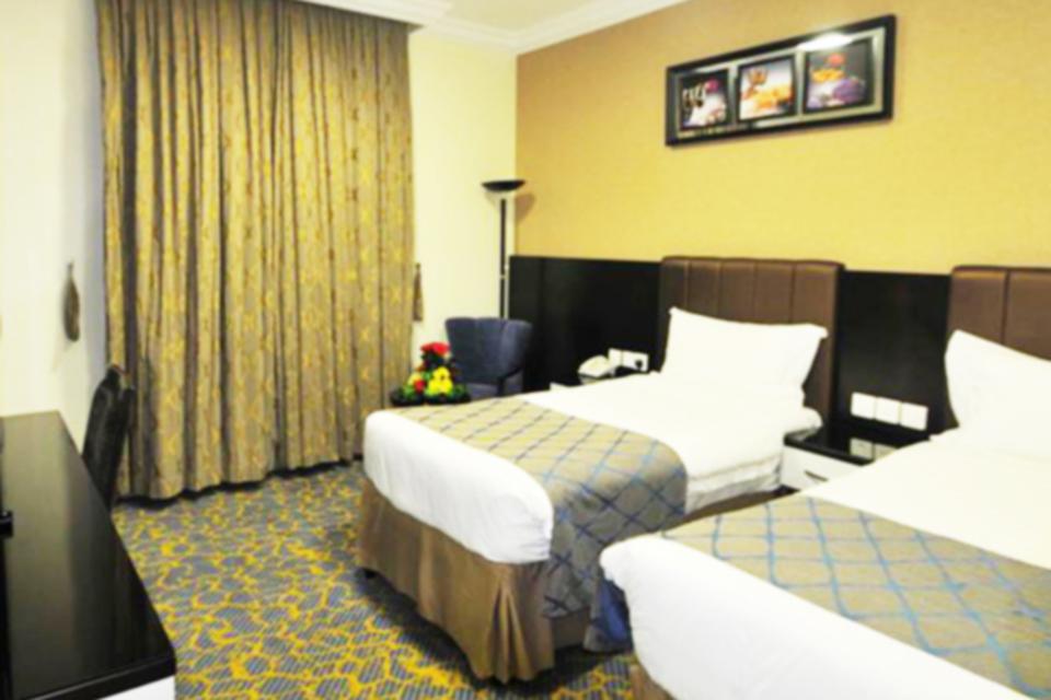 Azka_Al_Safa_double-room